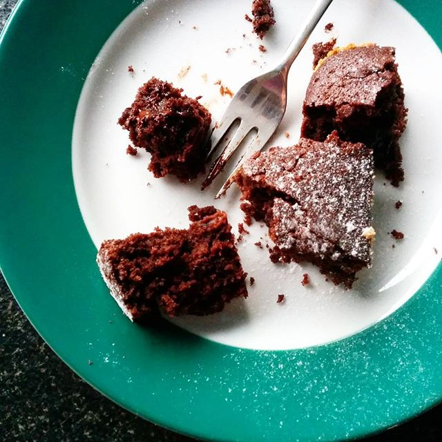 Schokoladenkuchen, Schokolade, saftig, saftiger Schokoladenkuchen