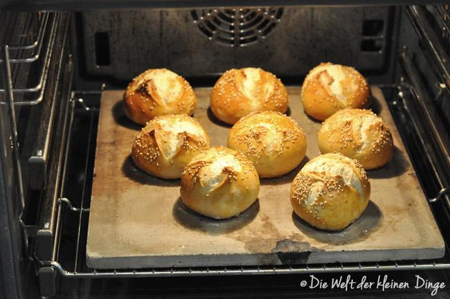 Brötchen, Brotkorb, Salz-Hefe-Verfahren, Sesambrötchen